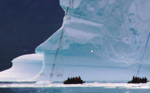 The polar explorer: Land of Glacier, icebergs and bears